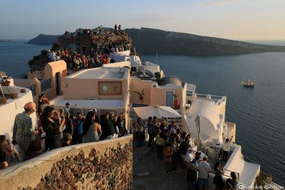 The crowds in Oia at sunset