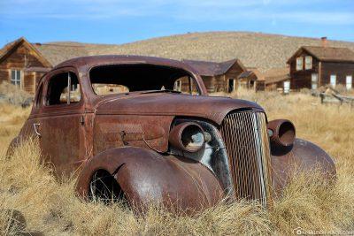 Ein alter Chevy Coupe von 1937
