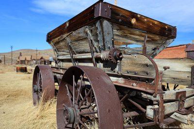 Ein alter Wagen