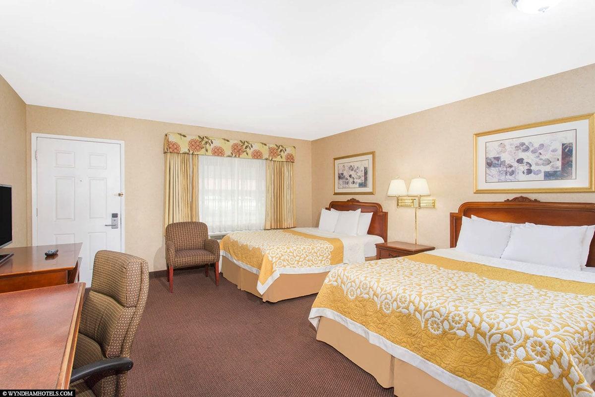 Room, Hotel, Days Inn Monterey Fisherman's Wharf/Aquarium