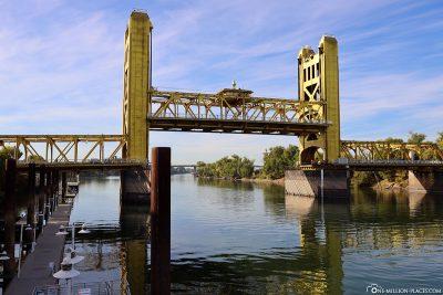 The Tower Bridge in Sacramento