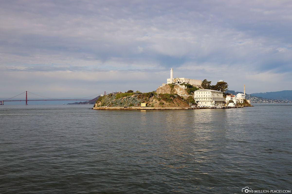 Blick auf Golden Gate Bridge, , Alcatraz Cruises, San Francisco, Kalifornien, USA, Reisebericht