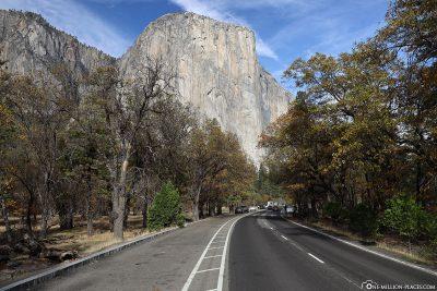 Der Southside Drive mit dem El Capitan