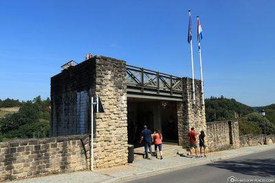 Der Eingang zu den Kasematten