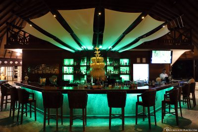 Cosy main bar