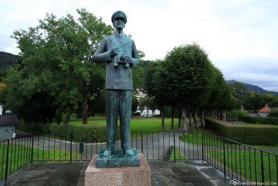 Statue of King Haakon VII