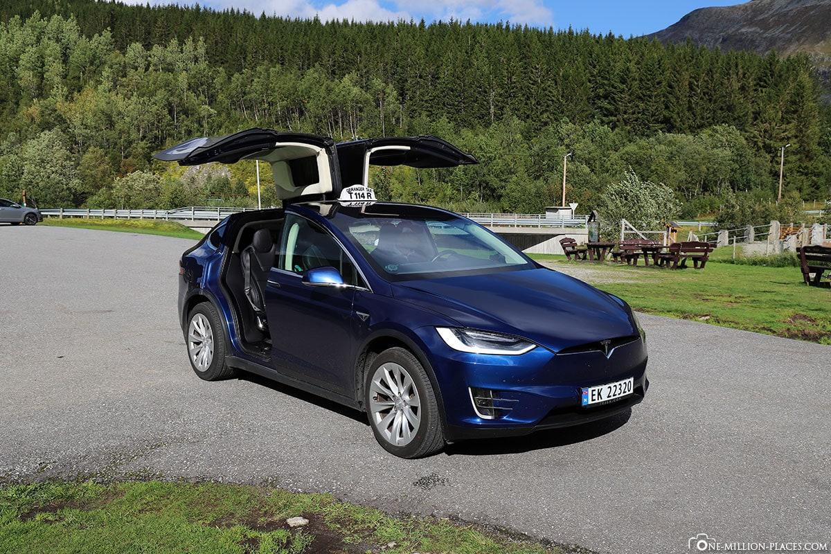 Tesla, Private Tour, Tesla Taxi, Geiranger, Geirangerfjord, Norway
