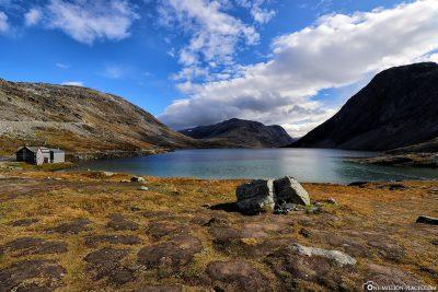 The mountain lake Djupvatnet