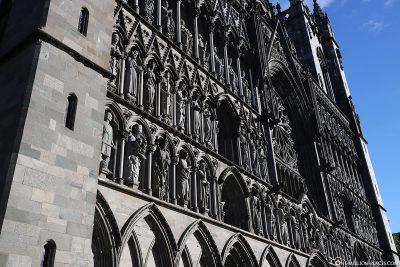 The facade of nidaros cathedral