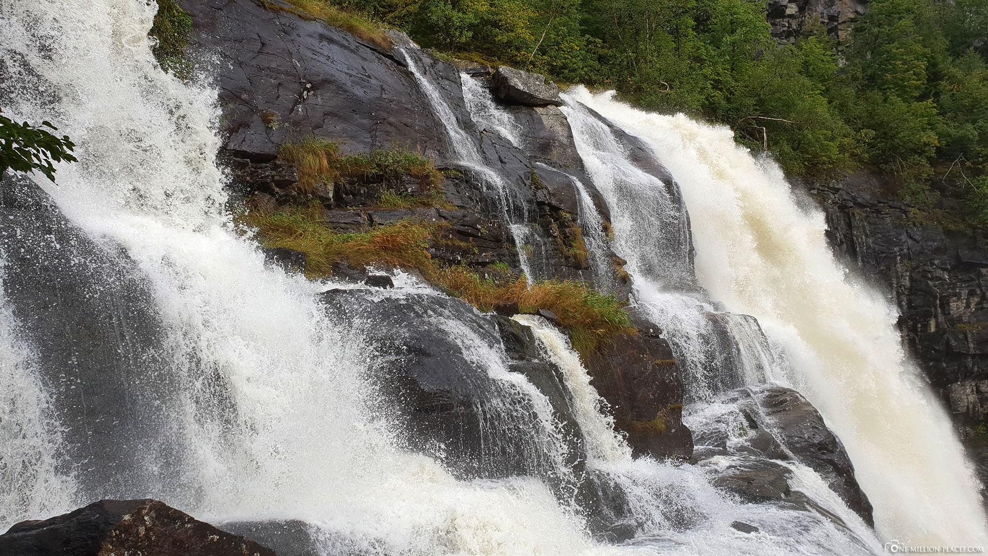 Skjervsfossen, Wasserfall, Eidfjord, Norwegen