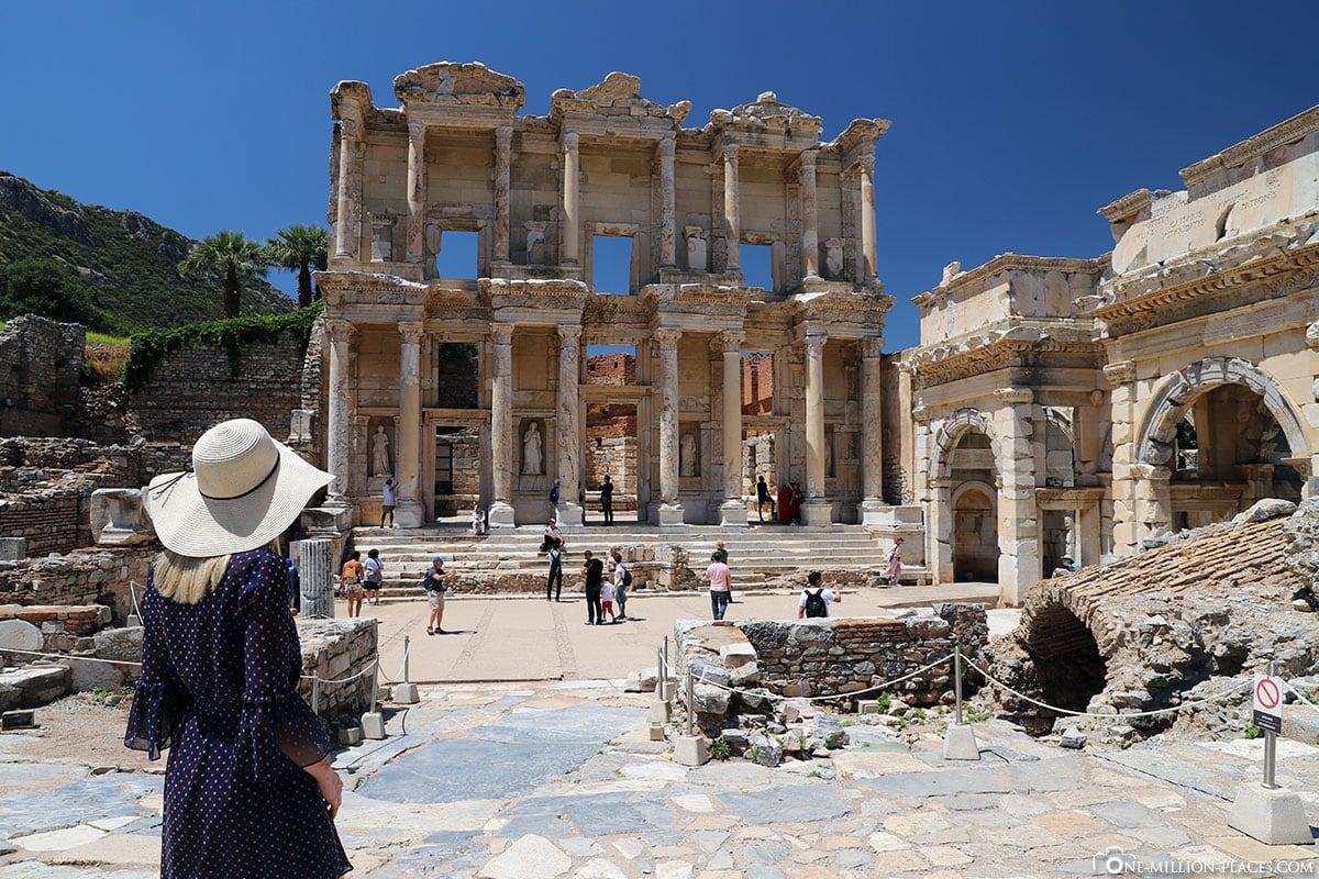 Bibliothek Celsus, Fassade, Ephesus, Ruinen, Ausgrabungsstätte, UNESCO Weltkulturerbe, Türkei, Ägäisküste, Kreuzfahrt