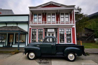 Ein alter Chevrolet
