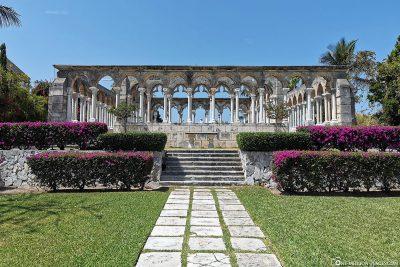 The Versailles Gardens in Nassau