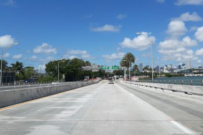 Drive across the MacArthur Causeway