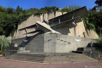 Das Flugzeugdenkmal Monument du Latham 47