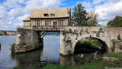 Die alte Mühle an der Seine
