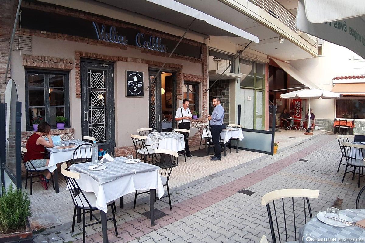 Terrasse, Restaurant Valia Calda, Kalabaka, Griechenland, Reisebericht