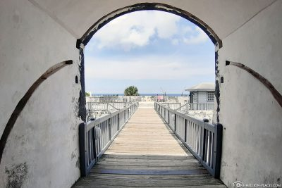 The bridge to the fortress
