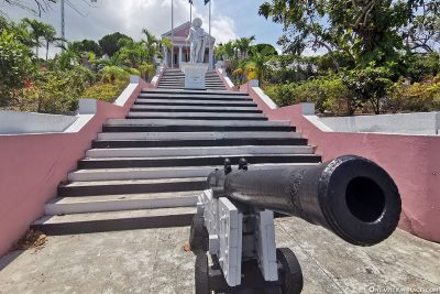 Cannon at Government House