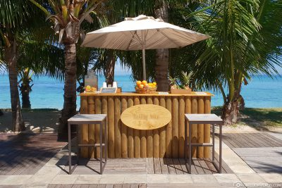 A juice bar on the beach