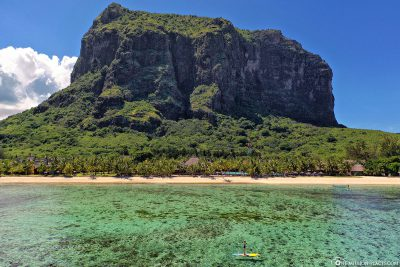 Stand Up Paddling in front of The Mountain Le Morne Brabant