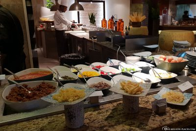 Buffet at La Citronnelle