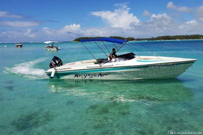 Unser Speedboot für die Fahrt entlang der Ostküste