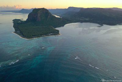 Der Unterwasser-Wasserfall vor Mauritius