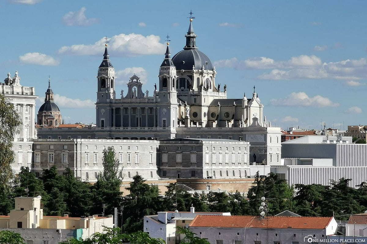 Panorama, Almudena Kathedrale, Madrid, Kirche, Spanien, Sehenswürdigkeiten, Fotospots, Reisebericht