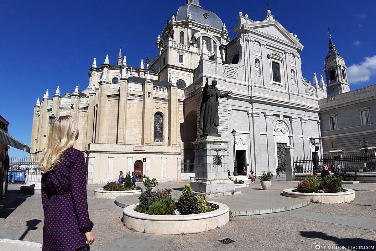 Almudena Kathedrale, Madrid, Kirche, Spanien, Sehenswürdigkeiten, Fotospots, Reisebericht