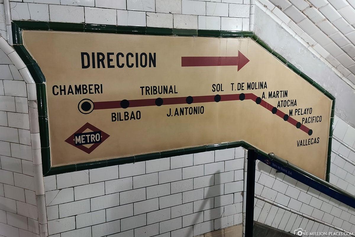 Schild, Geisterbahnhof Chamberi, Madrid, Innenstadt, Spanien, Sehenswürdigkeiten, Fotospots, Reisebericht
