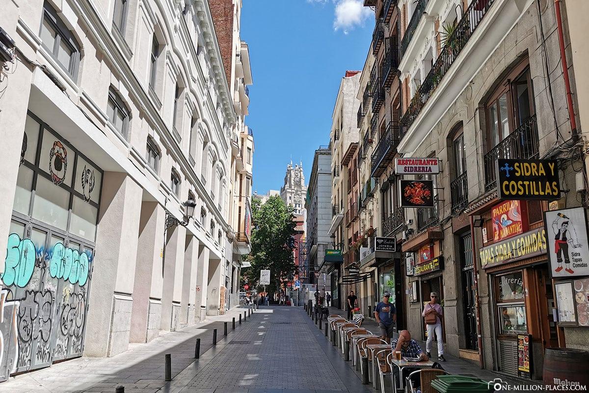 Gasse, Gran Via, Madrid, Innenstadt, Spanien, Sehenswürdigkeiten, Fotospots, Reisebericht