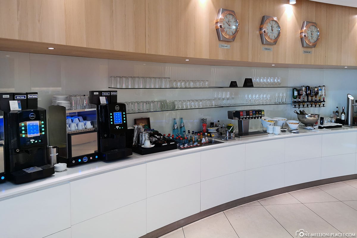 Getränke, Maple Leaf Lounge, Frankfurt Flughafen, LATAM, Reisebericht