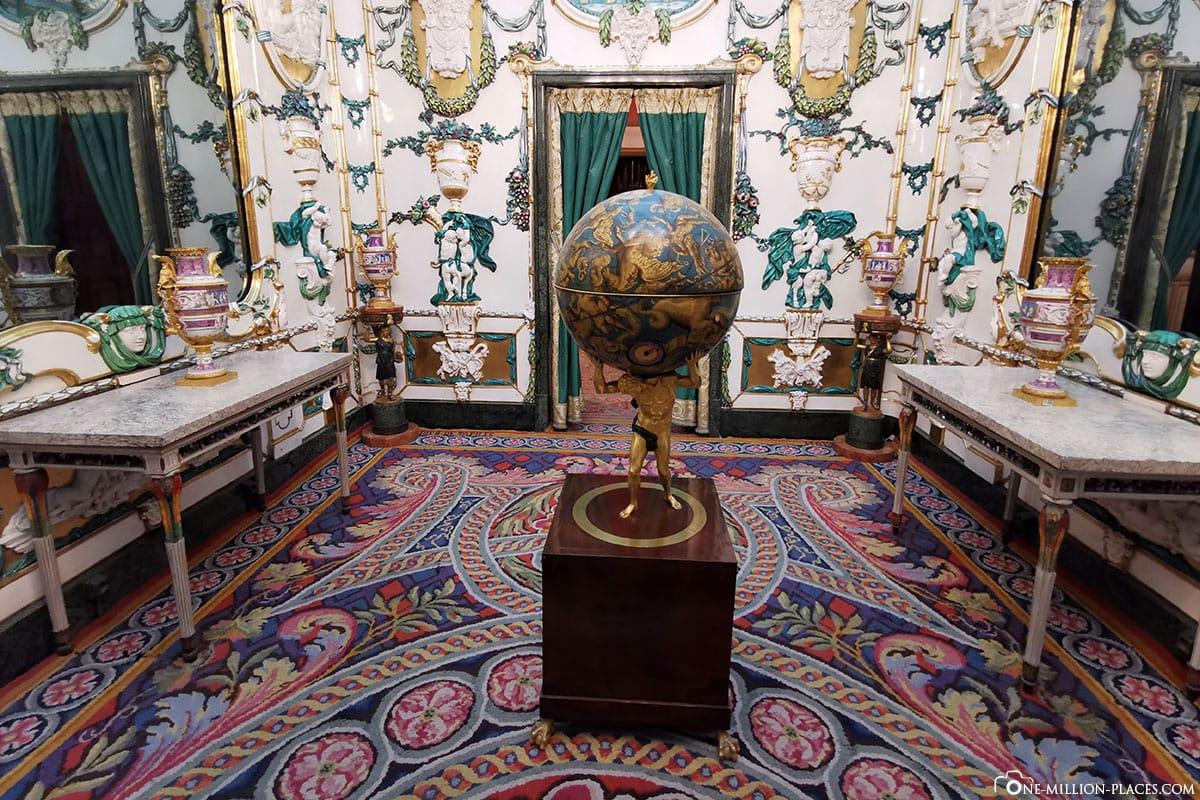 Zimmer mit Globus, Königliche Palast, Madrid, Sehenswürdigkeiten, Stadtrundgang, Reisebericht