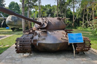 An M48 battle tank