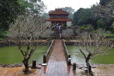 Minh Lau Pavilion