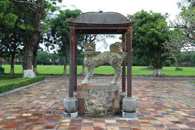 Eine Drachenstatue