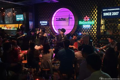 Acoustic Bar Saigon