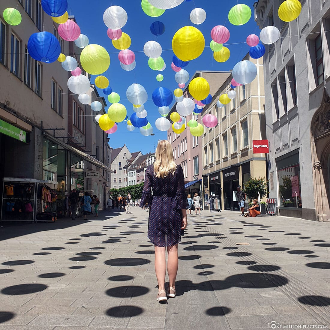 Colorful Lampions, Augsburg, Pedestrian Street, Photo spot, Travelreport