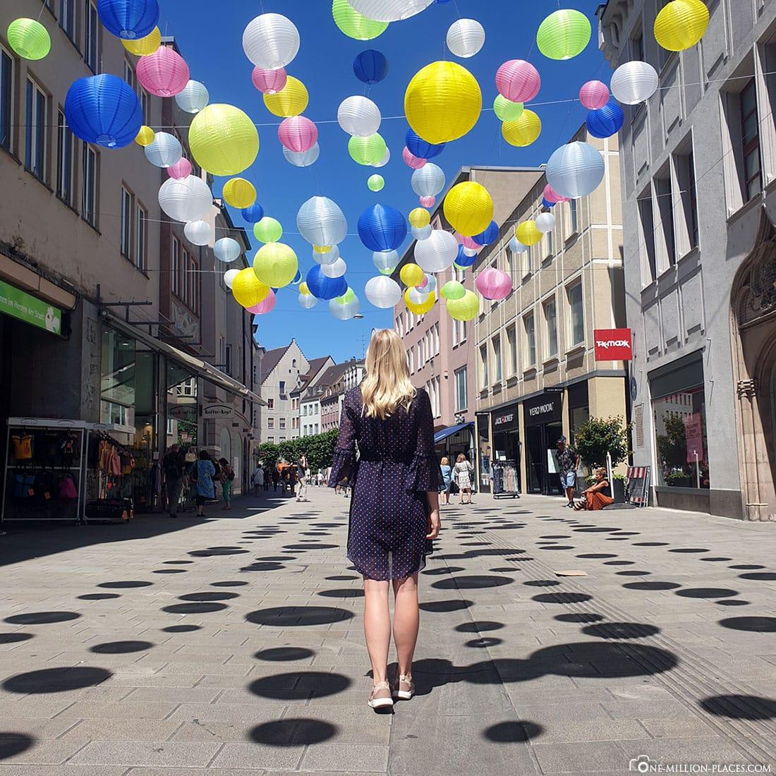 Bunte Lampions, Augsburg, Fußgängerzone, Fotospot, Reisebericht