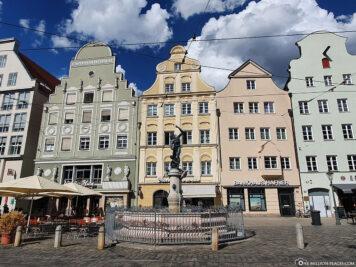 Merkurbrunnen in der Maximilianstraße