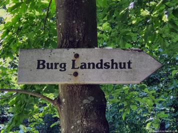 Der Weg zur Burg Landshut