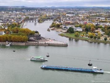 Die Mündung der Mosel in den Rhein
