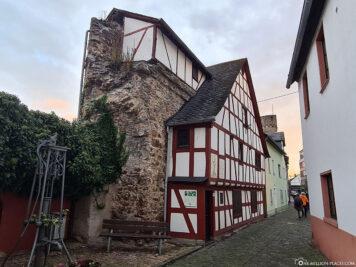 Fachwerkhaus an der Stadtmauer