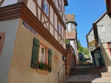Aufgang zur Burg Mildenburg