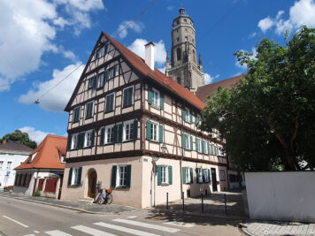 Half-timbered house & St. George's Church
