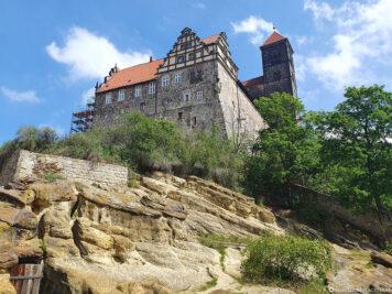 Blick hinauf zum Schlossberg