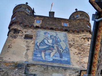Der Achteckturm mit seinem Christophorus-Mosaik
