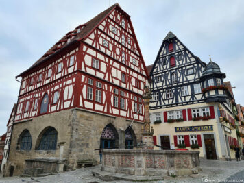 Half-timbered houses at the Georgsbrunnen