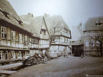 Historische Aufnahme vom Schiefen Haus